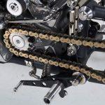 Entretien de la chaîne de transmission finale des motos
