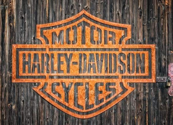 Transformer sa moto Harley Davidson